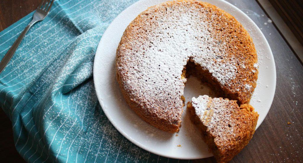 Безглютеновый морковный пирог
